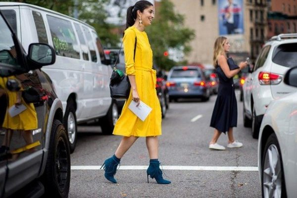 caroline-issa-yellow-dress-fringe-fall-dress-fall-work-outfit-statement-earrings-fall-colors-fringe-booties-turquoise-booties-via-the-styleograph-tassle-purses-bucket-bag1-640x427