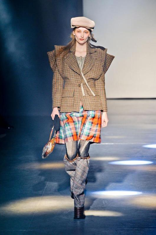 herning-museum-vivienne-westwood-a_w-2012-fashionising-autumn-fall-winter-2012-pfw24