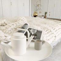 冬には毛糸の温もりを!編み物をインテリアにステキに取り入れた実例集をご紹介