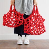 印象的な赤のかご。佇まいも素敵な収納カゴ「knot(ノット)」の魅力。