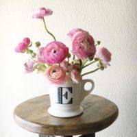 ニューヨーカーを魅了するおしゃれショップ!「アンソロポロジー」のモノグラムマグカップ