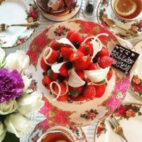 イギリス食器「ロイヤルアルバート」の優雅で洗練された華やかな世界をお届け☆