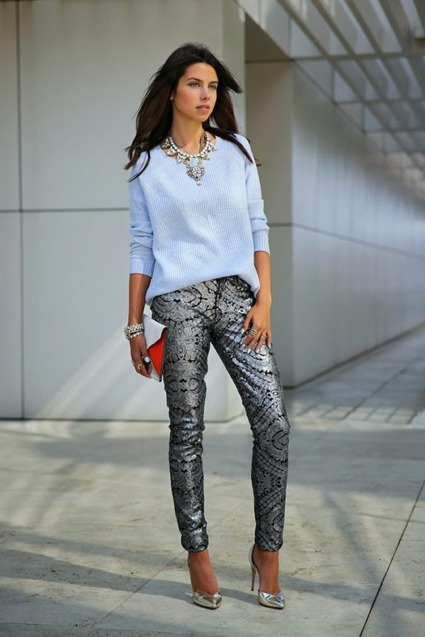 2-cashmere-top-with-metallic-pants