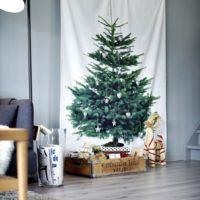 手作りでこんなに楽しめる♪シンプル・ナチュラル系のクリスマスツリーDIYアイデア集