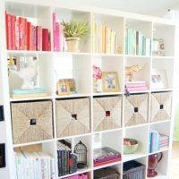 立派な本棚収納だけじゃない!バランスを考えて本をおしゃれに飾る方法☆