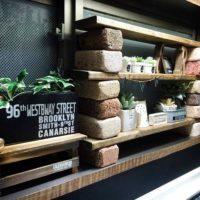 お手軽なのにオシャレ♪レンガブロックで簡単棚をDIYしよう!