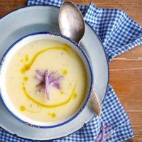 今日のスープは何にしよう?スープがあるテーブルシーンとおしゃれなスープ皿をご紹介