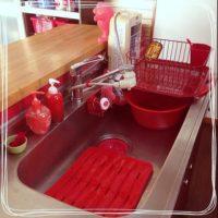キッチンコーデもカラーを意識!お家の中に「赤」を取り入れたインテリアコーデ集