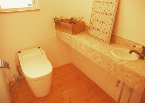 リラックスできるナチュラルトイレ