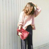 大人でも春まで着られるダスティーカラー「水色」VS「ピンク」のアイテム特集