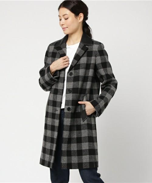 時には肌寒い日が来ることもある春時期。そんな時のために、薄手のコートはギンガムチェック柄をチョイスしてみては?シンプルコーデでも、この1枚でバッチリ決まっちゃいます。