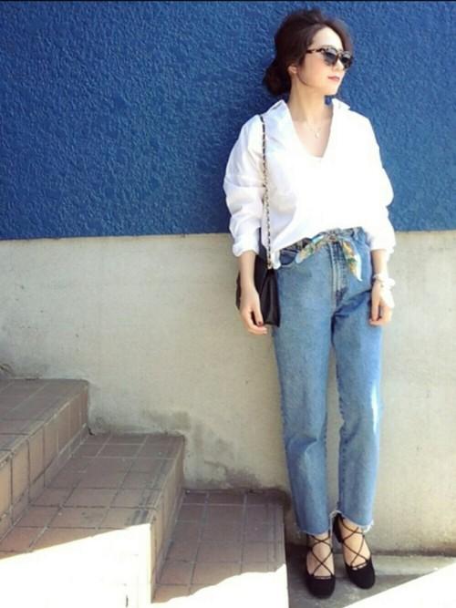 白 ワイシャツ コーデ レディース