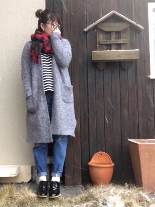 コートのように裏地が付いてなくても、寒くありません!!モコモコなブークレー素材が、羊みたいに暖かいです!