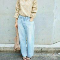 春服に似合うジーンズはやっぱりコレ!明るめのブルーデニムで春気分コーデ♪