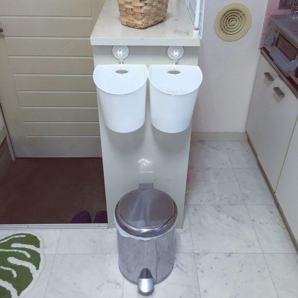狭いお部屋に、上手く定位置を確保して空間も利用すれば分別できるように。無駄のないキッチンスペースを作ってます。