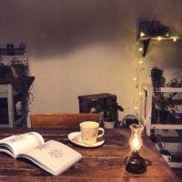 やさしい灯りが魅力的♡オイルランプでゆっくり落ち着くお部屋をつくろう