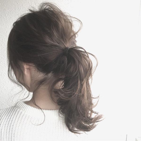 オトナのこなれポニー♡ふんわりとした空気感と透明感、この無造作感はハンパないです♡