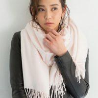 大人女性向けストールアレンジ集☆春コーデにおしゃれなアクセント♡