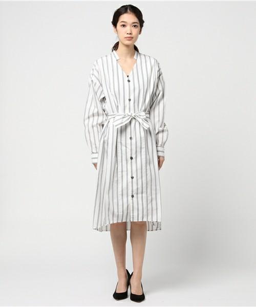 ◆FIL DE FER ストライプ シャツドレス  ちょっとレトロな雰囲気のシャツワンピース。ストライプ柄とスキッパーにミニスタンドカラーがついた首元が今年風のデザイン。ハリのある生地なので、シルエットがきれいに決まります。ウエストを共布のベルトで絞ったり、サッシュベルトにチェンジしてもOK♪