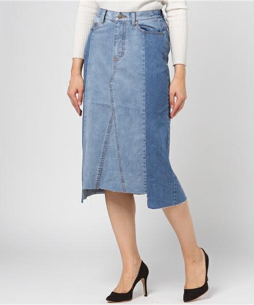 こちらも2色使いのデニムスカートです。前と後ろの長さが異なる個性的なシルエットです。パンプスで女らしく、キレイめな着こなしにもバッチリです。