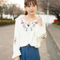 話題の花柄が可愛い♡春にむけてぴったりの花柄刺繍の可愛いコーデ集