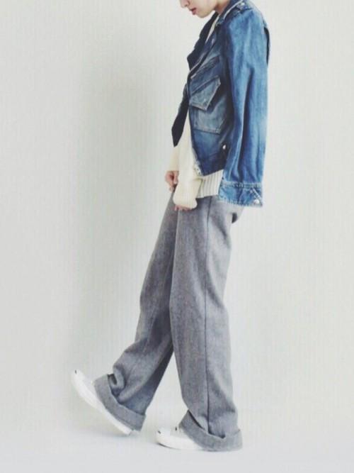 ◆sunaokuwahara Denim ライダース  ヴィンテージ感たっぷりのデニムライダース。厚みのある生地とダメージが独特の風合いを出しています。はおれば、どんなカジュアルコーデもこなれ感がアップ。大人の女性にこそ着て欲しいヴィンテージデニムブルゾンです。