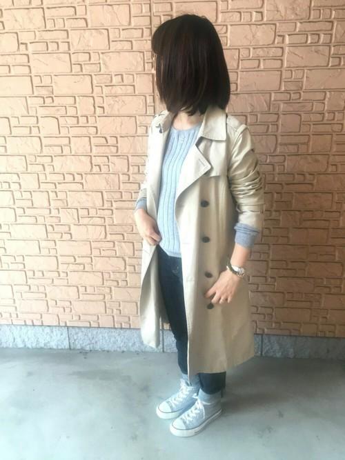 ◆グレー×ネイビー  トレンチコートのインナーとしても、しっくりとなじむワイドリブニット。コットンカシミヤの肌ざわりの良さで、素肌に直接着ることができる気持ちのいいトップスです。首元がさびしいときはスカーフを巻くと防寒対策にもなりGOOD!