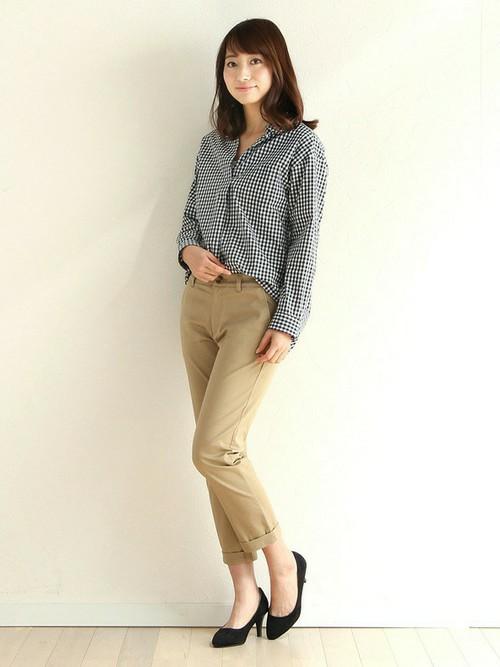 Honeysのシャツはとにかくサイズやバリエーションも豊富。カジュアルにもきれいめにも対応できます。オフィスカジュアルにも使えそうですね。