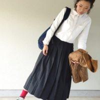 個性的なファッションをたのしむ春♪無印良品のベーシックな白シャツブラウスコーデ☆