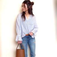 どちらを選ぶ?UNIQLOのオーバーサイズシャツ VS GUのモリ袖ヌキ襟ブラウス☆
