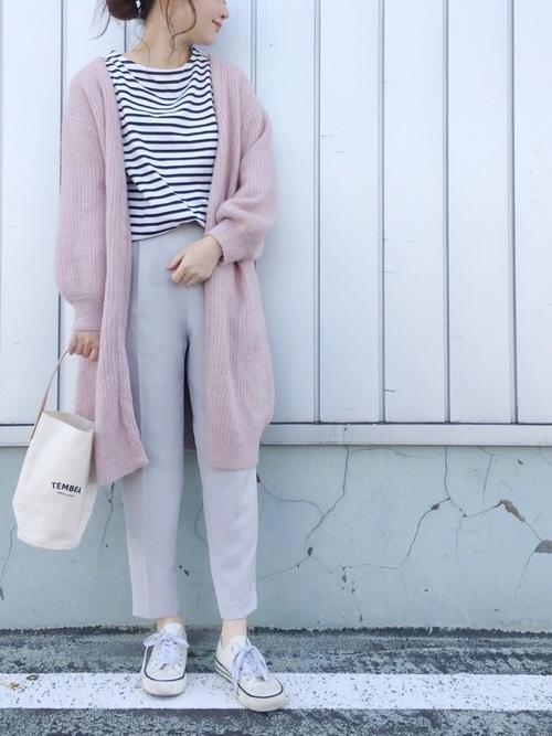 ピンクは春になると毎年気になるという方も多いのではないでしょうか?同じく春になるとしたくなるマリン風に欠かせないボーダーとの合わせで爽やかに。