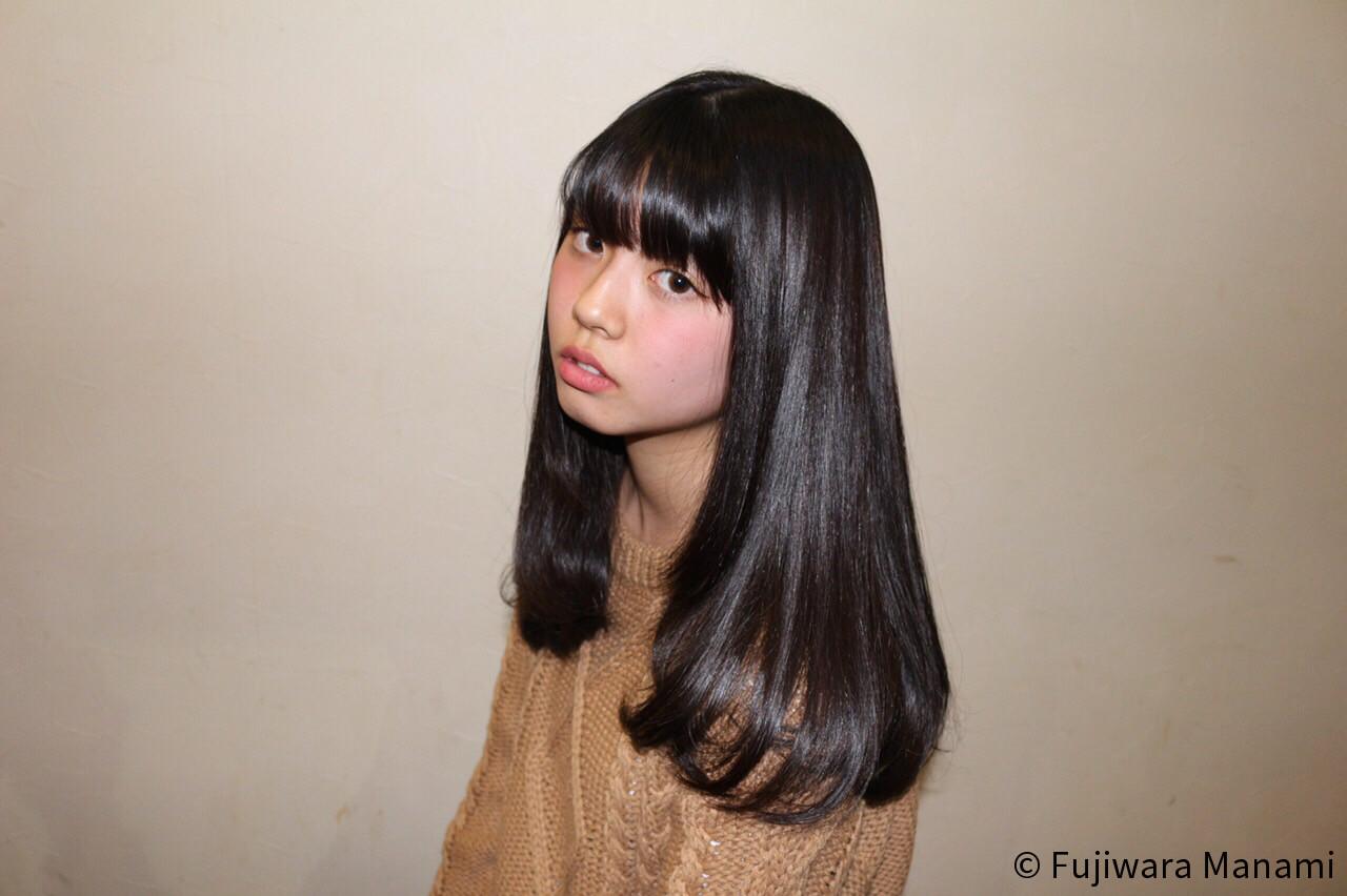 黒髪ロングヘア4