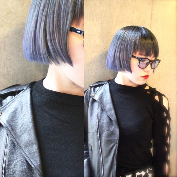 流行中のブルーアッシュがクールでモードなボブヘア!小物やファッションでとことんクールに攻めましょう!