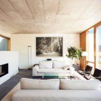 お部屋の雰囲気を格上げするのは壁!アートでつくるギャラリー風インテリア