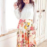 フェミニンなオシャレを楽しんで気分ウキウキ♪fifth(フィフス)の花柄スカートコーデコレクション♡