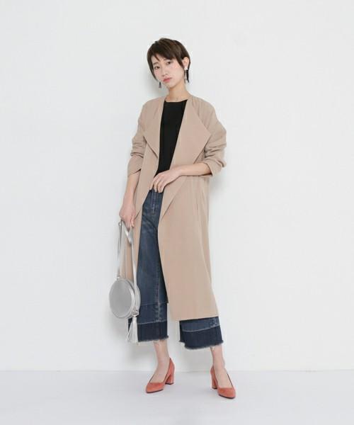 裾の部分のカラーがツートンになった珍しいタイプのデニムパンツです♪もちろんカットオフデニム!かっこいいロングの羽織りと合わせて、おしゃれに着こなして♪