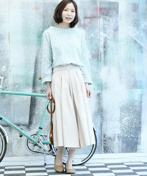 ◆r.p.s ウエストリボンコットンスカーチョ スカート派の方におすすめのコットンスカーチョです。リボンベルトタイプではなく、ウエスト部分がリボンの形をしています。風が強い日などスカートでは心配なときや、自転車通勤の方にもおすすめ!リボンがほどける心配もありません。