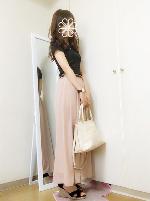 大人女子にピッタリのパステルピンクのガウチョパンツ♡やわらかな質感で女子力UP間違いなしのアイテムです♪