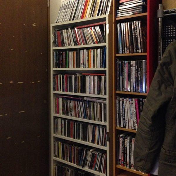DVD収納①棚に収納する2
