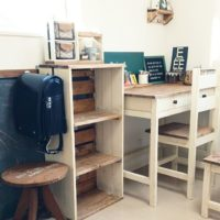 木のぬくもりとママの愛にあふれた学習机DIY作品例♪