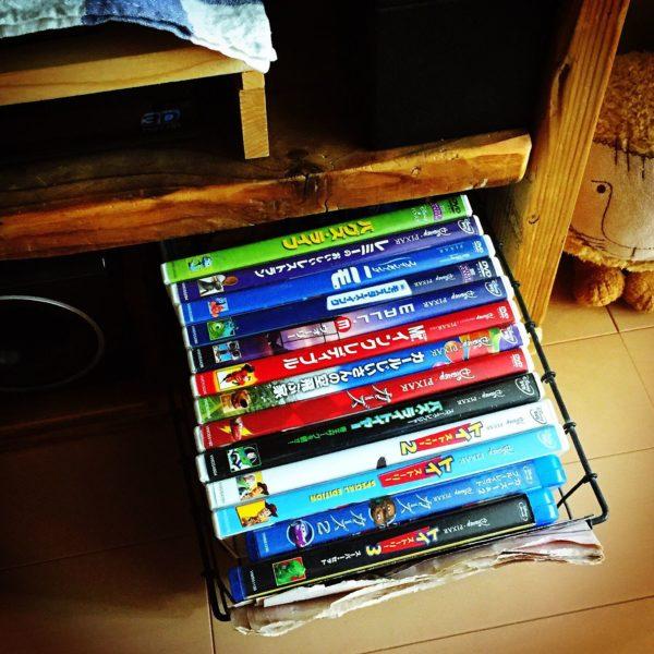 DVD収納④かごに入れて収納する5