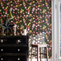 お部屋に「おしゃれ」を増やしませんか?場所を問わず人気の花柄を用いて華やかに!