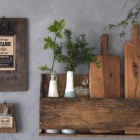 【連載】100均DIY!ダイソーのまな板で作るアンティーク風なブックシェルフ