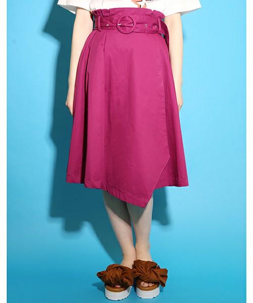 [one after another NICE CLAUP] アソート柄ミディスカート  5,292円  スカートもサッシュベルト付きが登場!!春夏に着たくなるビビッドなカラーは、パンチのあるスタイルにぴったり!!大人可愛いデザインで、ヘビロテ級な1枚です。白いブラウスと合わせて、ロマンティックな着こなしもオススメです。