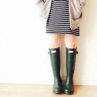 これで雨の日も足元は完璧!レインブーツで梅雨の日コーデを楽しみましょう☆