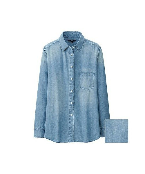 色はサックスブルーと濃いブルーの2色展開。薄地なので、上からジャケットなども羽織れます。