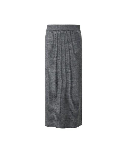 去年から引き続き人気のリブスカート。タイトなシルエットは大人女子にオススメではくだけでこなれた印象を上げてくれる、おしゃれ初心者さんにもオススメなスカートです♪
