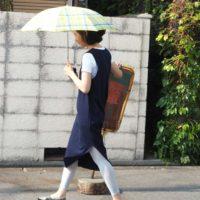 紫外線も女性らしい装いでオシャレに対策!オススメの日傘とコーディネートをご紹介♪