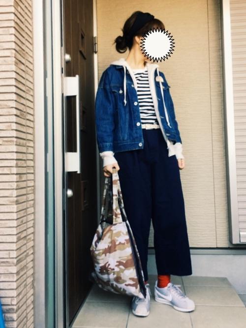 アーミー柄のトートバックはいかがでしょう。休日スタイルのちょっとしたお出かけの日にはラフな感じで◎