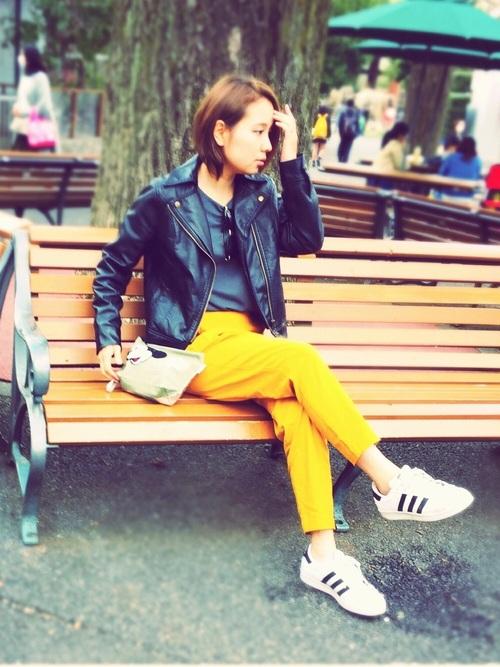 ◆リネンブレンドテーパードパンツ ¥1,990  初夏に向けて取り入れたいリネンブレンドのテーパードパンツ。人気のイエローはオレンジとマスタードの中間のような色。サラッとした着心地とネップ(生地表面にできる独特の節)のある生地が特徴です。カジュアルにもきれいめにも使える、これからの季節におすすめの1本♪